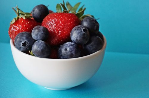 Eat more berries for health